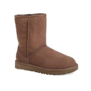 UGG Class Short Boot